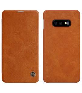 """Odinis rudas atverčiamas dėklas Samsung Galaxy S10E telefonui """"Nillkin Qin"""""""